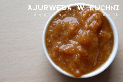 ajurweda, ayurveda, chutney rodzynkowo mandarynkowy