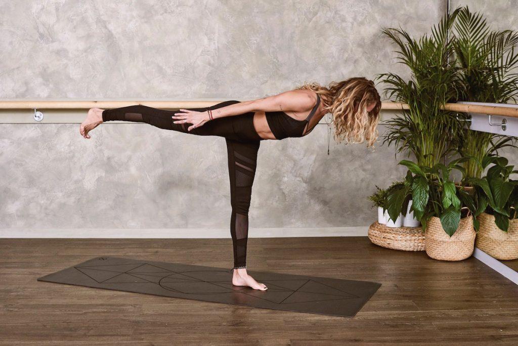 Mula bandha - praca z mięśniami dna miednicy i mięśniem poprzecznym brzucha (Agnieszka Wielobób)
